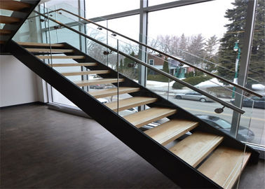 Escaliers en bois contemporains droits modernes